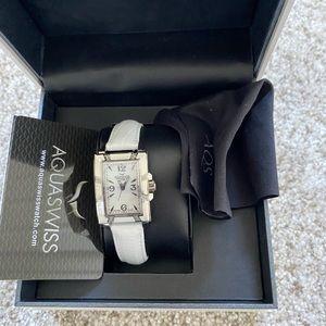 NWT White Awuaswiss women's watch!